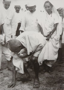 Gandhi_at_Dandi_5_April_1930